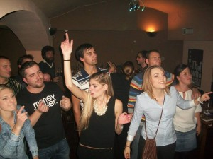 International Meet-up with Karaoke @ Roj | Czech Republic